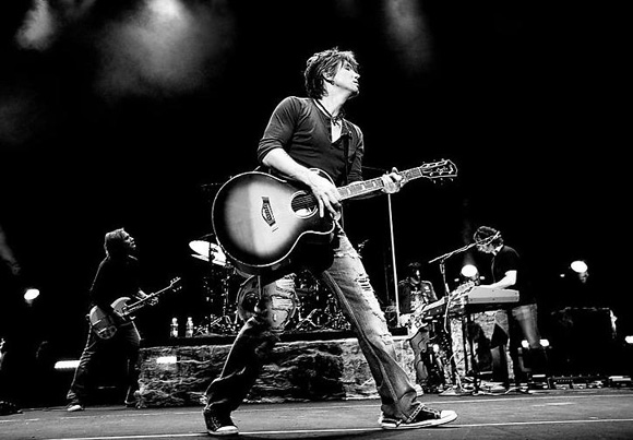 The Goo Goo Dolls & Phillip Phillips at Huntington Bank Pavilion at Northerly Island